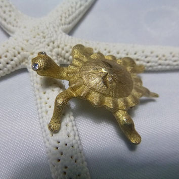Vintage 60's Turtle Brooch Pin Signed Mamselle Figural Animal Turtle Jewelry Clear Sparkling Rhinestone Tortoise Star Woodland Jewellery