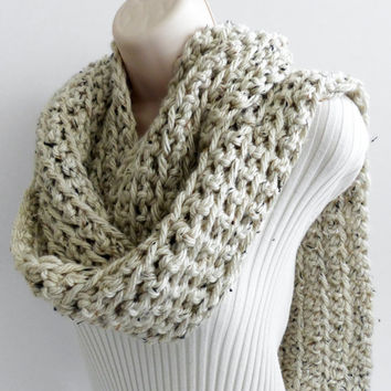 CROCHET SCARF Cowl. Oatmeal Chunky Ribbed scarf, Cowl, Fall Fashion Accessories. Choose your color.