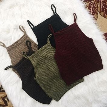 Short knitted harness vest [10185596231]