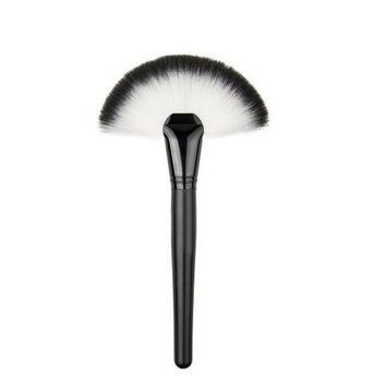 Professional Single Makeup Brush Blush / Powder Sector Makeup Brush Soft Fan Brush Foundation Brushes Make Up Tool