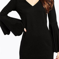 V-Neck Elegant Trumpet Sleeves Package Hip Dress