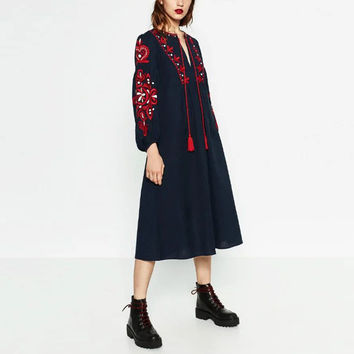 Vintage Bohemian Ethnic Floral Pattern Embroidery Lantern Sleeve Loose Casual Trendy Women A-Line Mid-Calf  Dress femme Black