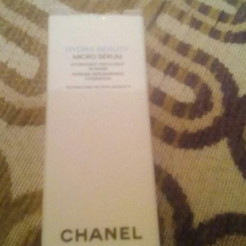 coco chanel mini bottle 1.5ml boxed also comes in a chanel gift bag