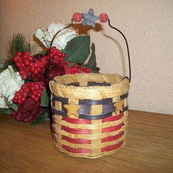 Beige Red and Blue Wicker Basket Wooden Heart Wire Handle American Flag Patriotic Craft Supply Home Decor