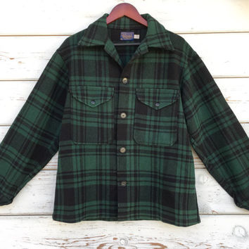 Vintage 70s-80s Pendleton coat,jacket,wool,unisex,hunting,outdoor,lumberjack,buffalo,USA,classic,original,green,black,plaid,winter,fall,warm