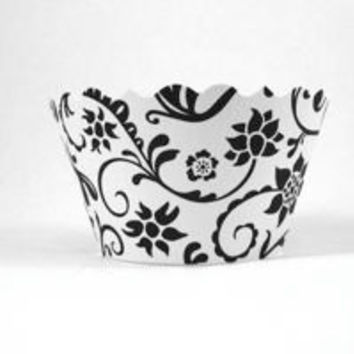 Cupcake wrappers Black / White Includes 12
