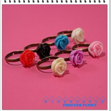 FUNKY VINTAGE STYLE CARVED ROSE BRASS RING CUTE KITSCH RETRO BOHO CHIC PROM GIFT