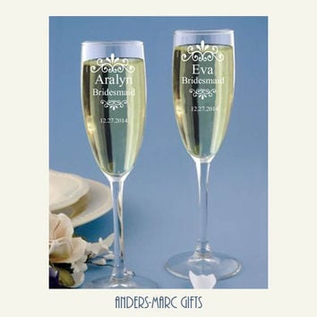 SET of 2 Personalized Champagne Toasting Flutes  *  Bride + Groom, Bridesmaids + Mothers * Matching Beer Mugs Available * Wedding, Shower