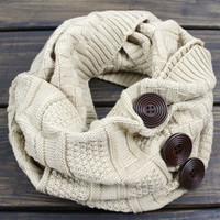 Women's Cable Knit Scarf, Winter Scarf, Button Scarf, Knit Infinity Scarf, Chunky Knit Scarf, Knitted Scarves, Fall Scarf, Oversized Scarf