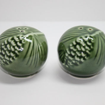 Woodsy Green Round Pine Cone Tree Branch Salt and Pepper Shakers