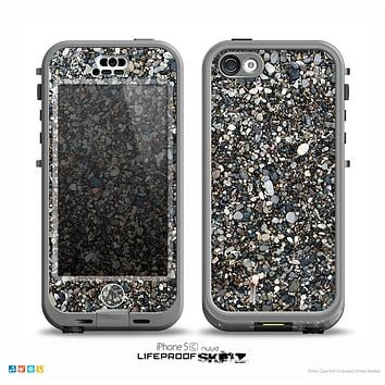 The Small Dark Pebbles Skin for the iPhone 5c nüüd LifeProof Case