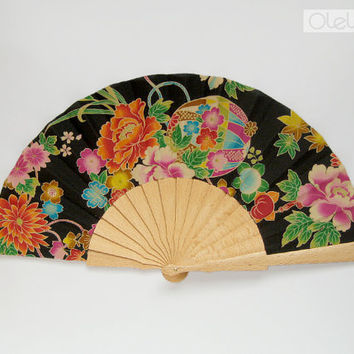 Spanish hand fan Japanese blossoms black by Olele on Etsy