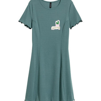 H&M Ribbed Jersey Dress $24.99