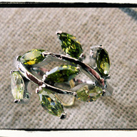 Crystal Leafs Ring