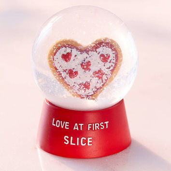 Love At First Slice Pizza Snow Globe - Urban Outfitters
