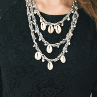 Tori Necklace in Shell