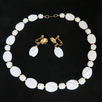 Hobe White Necklace and Earrings, Vintage Plastic Beaded Hobe Set, Demi-Parure