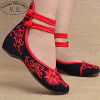 Fashion Women Shoes Old Beijing Mary Jane Flats With Casual Shoes Chinese Style Embroidered Cloth shoes woman Plus Size 40