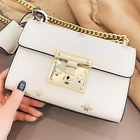 GUCCI New fashion bee leather chain shoulder bag crossbody bag White