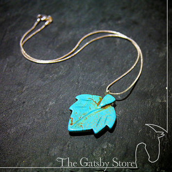 Turquoise Leaf Pendant / Necklace / Women's Necklace / Friendship / Mala / Meditation / Energy Stones / Women's Gift / For Her / Xmas