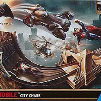 Hot Wheels: Batman v Superman - Dawn of Justice Batmobile City Chase Track Set