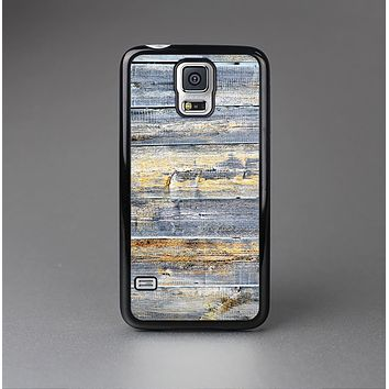 The Vintage Wooden Planks with Yellow Paint Skin-Sert Case for the Samsung Galaxy S5