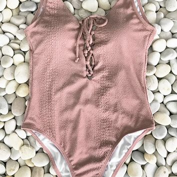 Cupshe Sweet Love Solid One-piece Swimsuit