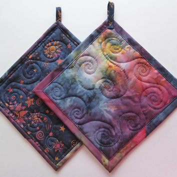 Celestial Quilted Kitchen Pot Holders - Hot Pads Pair