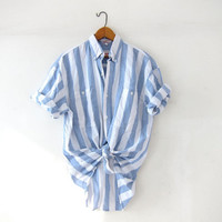 Vintage striped cotton shirt. Light blue + white shirt. Short sleeve shirt. Preppy button up shirt.