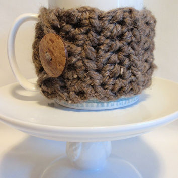 Crochet Cup Cozy BARLEY TAUPE TWEED Mug Cozy Sleeve with Coconut Button Acrylic and Lambs Wool Gift for Friend