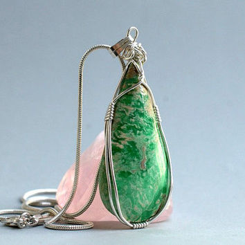 Utahlite gemstone Variscite pendant silver wire wrapped with silver plated necklace