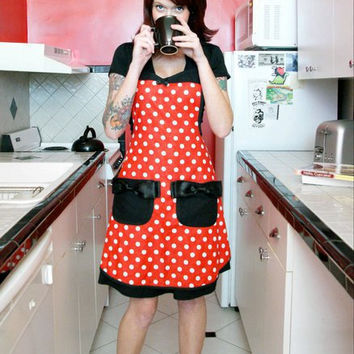 $36.00 Minnie Mouse disney polka dot pin up apron by HauteMessThreads