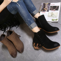The new women's shoes with coarse sandals fringed boots with boots