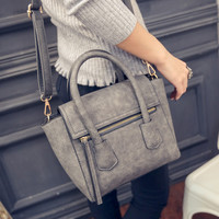 Women fashion handbags on sale = 4473579140