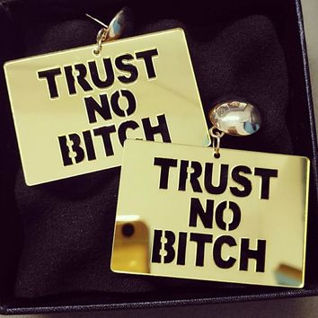 20E Mirror Acrylic Laser -Cut  Trust NO Bitch Stylish Women Party Earrings Studs 2colors    2015 Glam Girl Statement  Jewelry