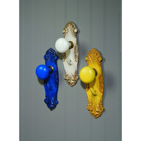 VINTAGE DOOR KNOB HOOKS 3 ASSORTED
