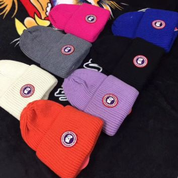 Canada Goose Trending Fashion Casual  Knit And Pom Hat Cap Warm Woolen Hat