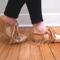 Short Moccasins With Fringe, Traditional Native American, Made to Order, Handmade, Handsewn, Powwow, Earthing Shoes, Natural, Hippie, Boho