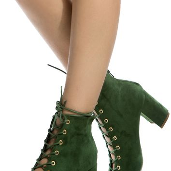 Hunter Green Faux Suede Chunky Lace Up Booties @ Cicihot. Booties spell style, so if you want to show what you're made of, pick up a pair. Have fun experimenting with all we have to offer!