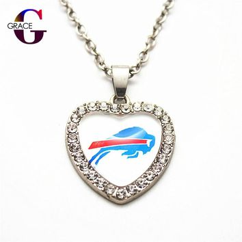 1pcs Fashion Buffalo Bills Football Sports Charms Heart Crystal Necklace Pendant With 50cm Chains For Women Men Diy Jewelry