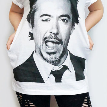ROBERT Downey Jr Iron Man T-Shirt White T-Shirt Women Shirt Women T-Shirt Men T-Shirt Unisex T-Shirt Short Sleeve Tee Shirt Size L