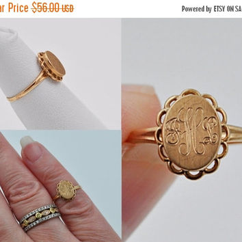 ON SALE Vintage 10K Gold Signet Ring, Filigree, Monogram Jhl, Initials, Small Woman, Child Ring, Baby Ring, Size 3 1/2, Sweet Ring! #b468