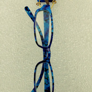 Custom Made Starfish on Colored Aluminum Square Magnetic Eyeglass Holder