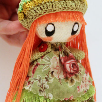 Textile brooch orange and green Ivi
