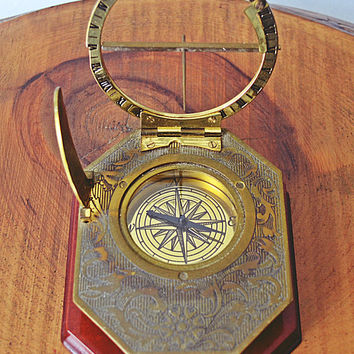Franklin Mint Sundial, 1987 Brass Equinoctial Sundial With Wood Stand