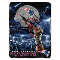 NFL New England Patriots 60-Inch-by-80-Inch Plush Rachel Blanket, Sky Helmet Design