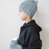 Hat, fingerless gloves set for kids, Knit beanie, unisex ,wool, grey, warm, for winter. Kid size. Christmas