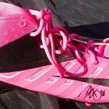 DWAYNE BOWE SIGNED NIKE PINK BREAST CANCER CLEAT KANSAS CITY CHIEFS LSU TIGERS J