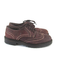 Vintage brown Wing Tips Leather oxfords. Chunky Tuxedo Shoes. womens size 9.5