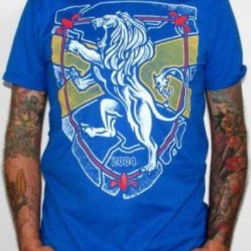 Rampant Lion T-Shirt - Royal Blue Lion